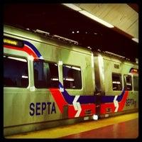 Photo taken at SEPTA Suburban Station by 🍌madbanana on 6/21/2011