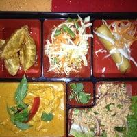 Снимок сделан в Burapa Thai пользователем Erin W. 3/11/2012