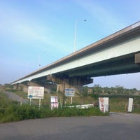 Photo taken at 羽根倉橋 by rocky_mtb on 5/19/2012