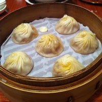 Photo taken at Din Tai Fung by Pang K. on 5/27/2012
