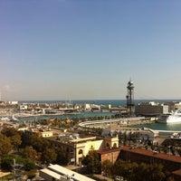 Das Foto wurde bei Miramar Restaurant Garden & Club von Alex V. am 10/18/2011 aufgenommen