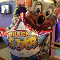 Photo taken at Chuck E. Cheese's by Bob R. on 7/17/2012
