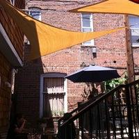 Foto tirada no(a) Vert Kitchen por Lauren K. em 8/3/2011