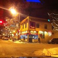 1/19/2012 tarihinde Steven G.ziyaretçi tarafından Highland Square'de çekilen fotoğraf