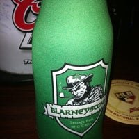 Photo prise au Blarney Stone Bar & Grill par Lyle W. le10/25/2011