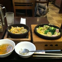 Photo taken at 石焼ごはん倶楽部 ルミネ池袋店 by とも く. on 12/31/2011