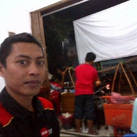 Photo taken at Warung Sate Solo Pak Rin by pepolicious @. on 6/5/2012
