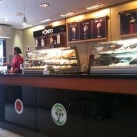 Foto tomada en Cafe do Ponto por Walter Arthur N. el 3/23/2011