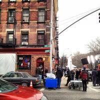 2/16/2012 tarihinde Bryan T.ziyaretçi tarafından 7B Horseshoe Bar aka Vazacs'de çekilen fotoğraf
