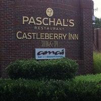 Das Foto wurde bei Paschal's Restaurant von @Philly2ATL96 am 8/7/2011 aufgenommen