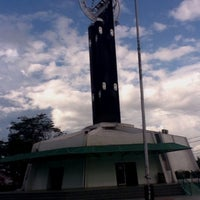 Photo taken at Tugu Khatulistiwa by Erdya P. on 7/13/2012