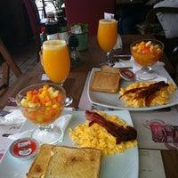 Foto tirada no(a) Café Cultura por Janaina G. em 9/9/2012