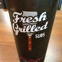 Photo prise au Penn Station East Coast Subs par Manolo L. le4/1/2012