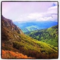 Photo taken at Monte Gomito by Richard J B W. on 5/22/2012