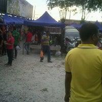 Photo taken at Pasar Malam by kembara c. on 7/15/2012