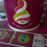 Photo taken at Menchie's by Flybrowngirl P. on 6/27/2012