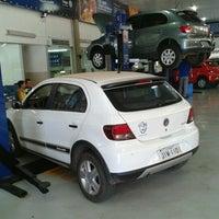 Foto tirada no(a) Saga (Volkswagen) por Mingau R. em 8/9/2012