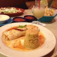 Photo prise au La Parrilla Mexican Restaurant par Toni M. le8/11/2012