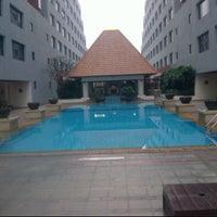 Photo taken at Swimming Pool by Thaweechai B. on 2/11/2012