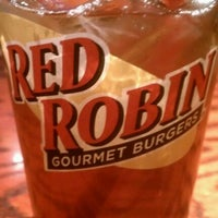Photo taken at Red Robin Gourmet Burgers by Kendra E. on 4/14/2012