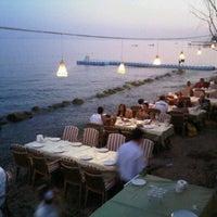 7/14/2012 tarihinde Sinorelllaziyaretçi tarafından Hasanaki Balık Restaurant'de çekilen fotoğraf