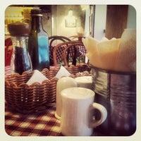 Снимок сделан в Caffe Centrale пользователем Irina 🎀 K. 6/19/2012
