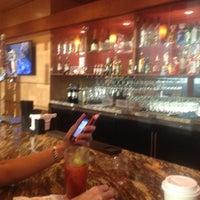 9/7/2012에 Larry W.님이 Alaska Lounge에서 찍은 사진