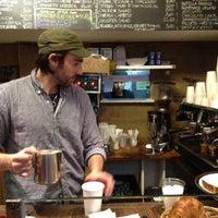Foto tomada en Piccolo Cafe por Santiago T. el 2/20/2012