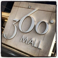 Photo taken at 360° Mall by ᴺᵃˢᶦʳ ᴬᶫᵂᵃʰᶦᵇ on 6/12/2012