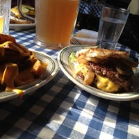 Photo taken at Bill's Bar & Burger by Ryan H. on 7/14/2012