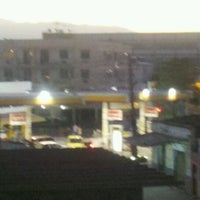 Photo taken at Posto Shell by Peterson A. on 6/24/2012