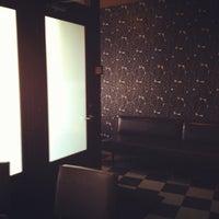 Photo taken at Flora Restaurant & Bar by hatti l. on 5/18/2012