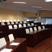 Photo taken at Escuela de Negocios Abanca by Alberto L. on 5/25/2012