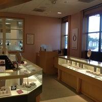 Jared The Galleria of Jewelry Jewelry Store in Oak Hill