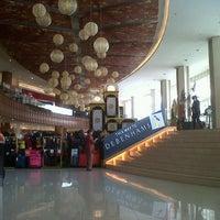 Photo taken at Supermal Karawaci by Gat P. on 8/7/2012