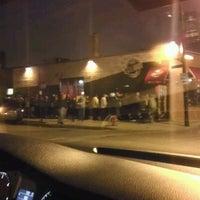รูปภาพถ่ายที่ Smoque BBQ โดย Rafael L. เมื่อ 3/25/2012