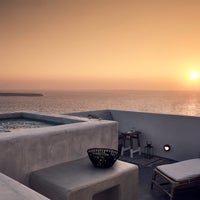 Photo taken at Santo Maris Oia Luxury Suites and Spa in Santorini by Santo Maris Oia Luxury Suites and Spa in Santorini on 8/9/2017