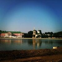 6/29/2013 tarihinde Pavel K.ziyaretçi tarafından Kuskovo'de çekilen fotoğraf