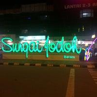 Photo taken at Simpang McD Jodoh by Zuhra Z. on 8/23/2017