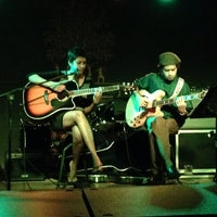 Photo taken at The Humming Tree - Music Venue and Bar by Nakul K. on 10/9/2013