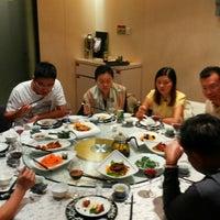 Photo taken at 西安饭庄 by Zainuddin H. on 9/22/2013