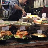 Foto tomada en Piccolo Cafe por kate el 11/2/2013