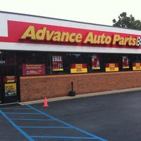 Photo taken at Advance Auto Parts by Edwin D. on 7/12/2013