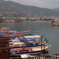 10/25/2012 tarihinde Volkan T.ziyaretçi tarafından Pupa Cafe'de çekilen fotoğraf