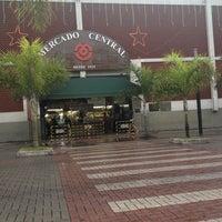 Foto tirada no(a) Mercado Central por Rodrigo M. em 11/28/2012