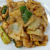 Photo taken at Mr Teh Tarik Eating House by Yuhana M. on 3/27/2014