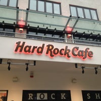 Photo taken at Hard Rock Cafe Berlin by pirovucat on 2/16/2013