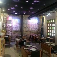 Foto scattata a Restaurante Carmela da Rayko L. il 10/17/2013