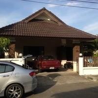 Photo taken at หมู่บ้านแสงเพชร by Keetawud N. on 11/25/2012