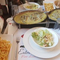 Photo taken at Entrecôte Petis Louis by Emad A. on 10/27/2017